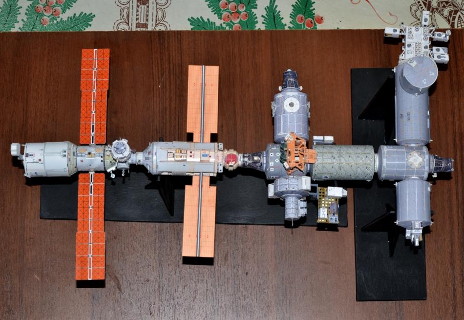 Космическая станция сделать своими руками